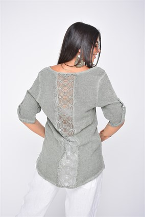 11263G COTTON BLOUSE WITH BACK DETAILED